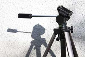 Die Verwendung eines Stativs ist bei Produktfotos für Online-Shops unerlässlich.